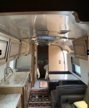 2018 Airstream Classic 33FB Twin For Sale in Weldon Spring, Missouri 63304 image 8