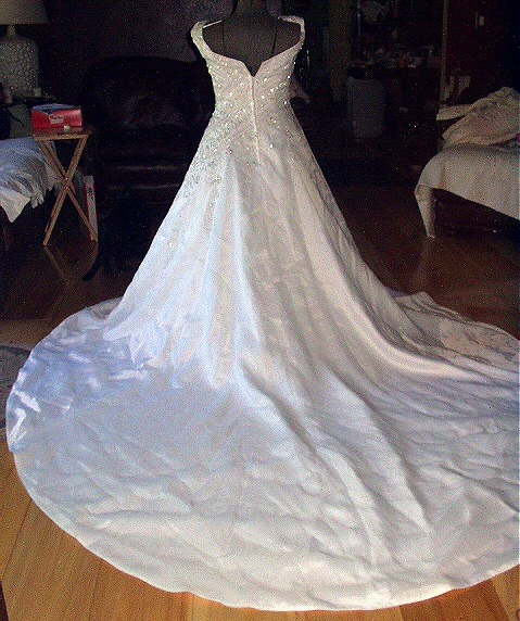 **REDUCED**Lovely White Size10 Bride Wedding Dress,Bugle Beads,Tear Drops Bonanza