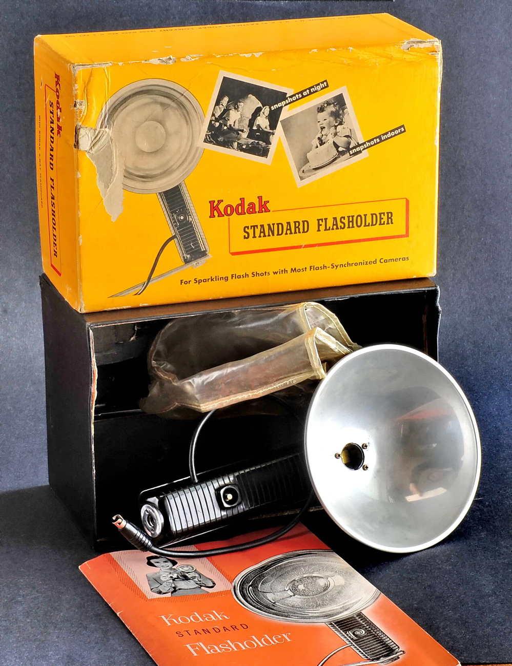 Kodak standard flasholder w box.small file