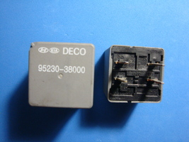 Lot of 2 Hyundai Kia Multi-purpose DECO Relay 95230-38000 OEM - $9.99