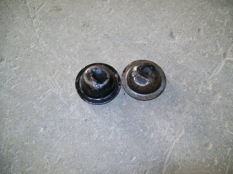 Primary image for 82-92 Camaro Iroc Z28 Front Brake Spindle Nut Caps PAIR