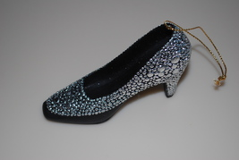 Metropolitan Museum of Art MMA Christmas Shoe Ornament 2011 Silver Heel - $14.95