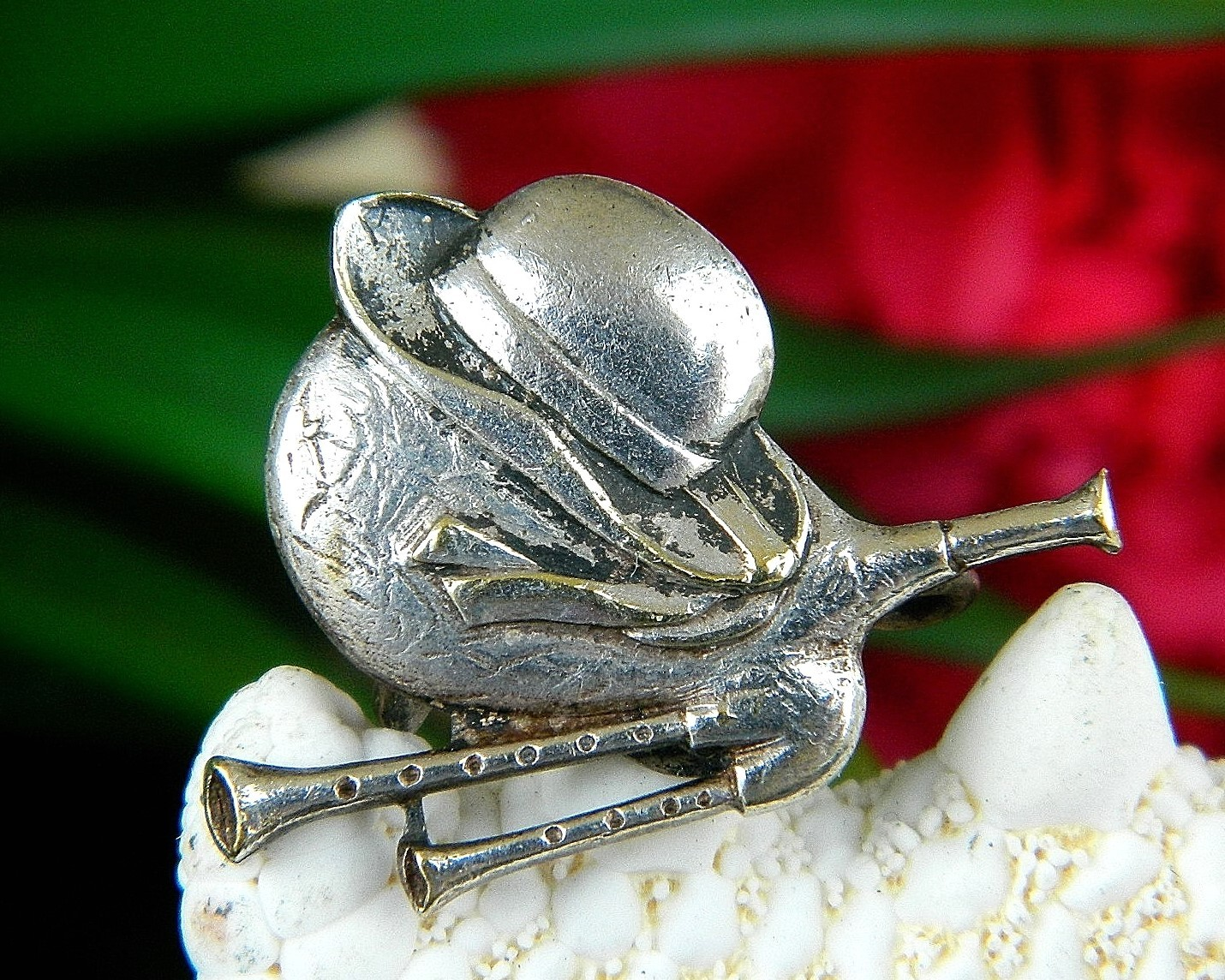 Primary image for Vintage Bagpipes Hat Ribbons Brooch Pin Scottish Musical Instrument