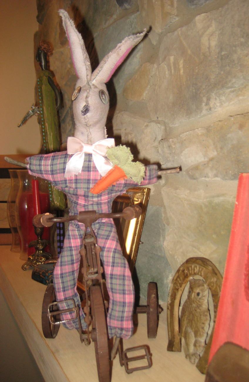 "ADORABLE 19 1/2"" OOAK - Primative RABBIT rag doll w/ carrot -  HANDMADE -  EASTE"