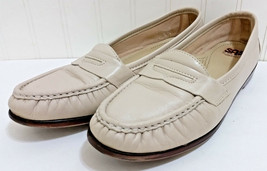 SAS Penny Loafers Womens 9.5 N Cream Beige Comfort USA Pull On Shoes Flat Wink - $28.53