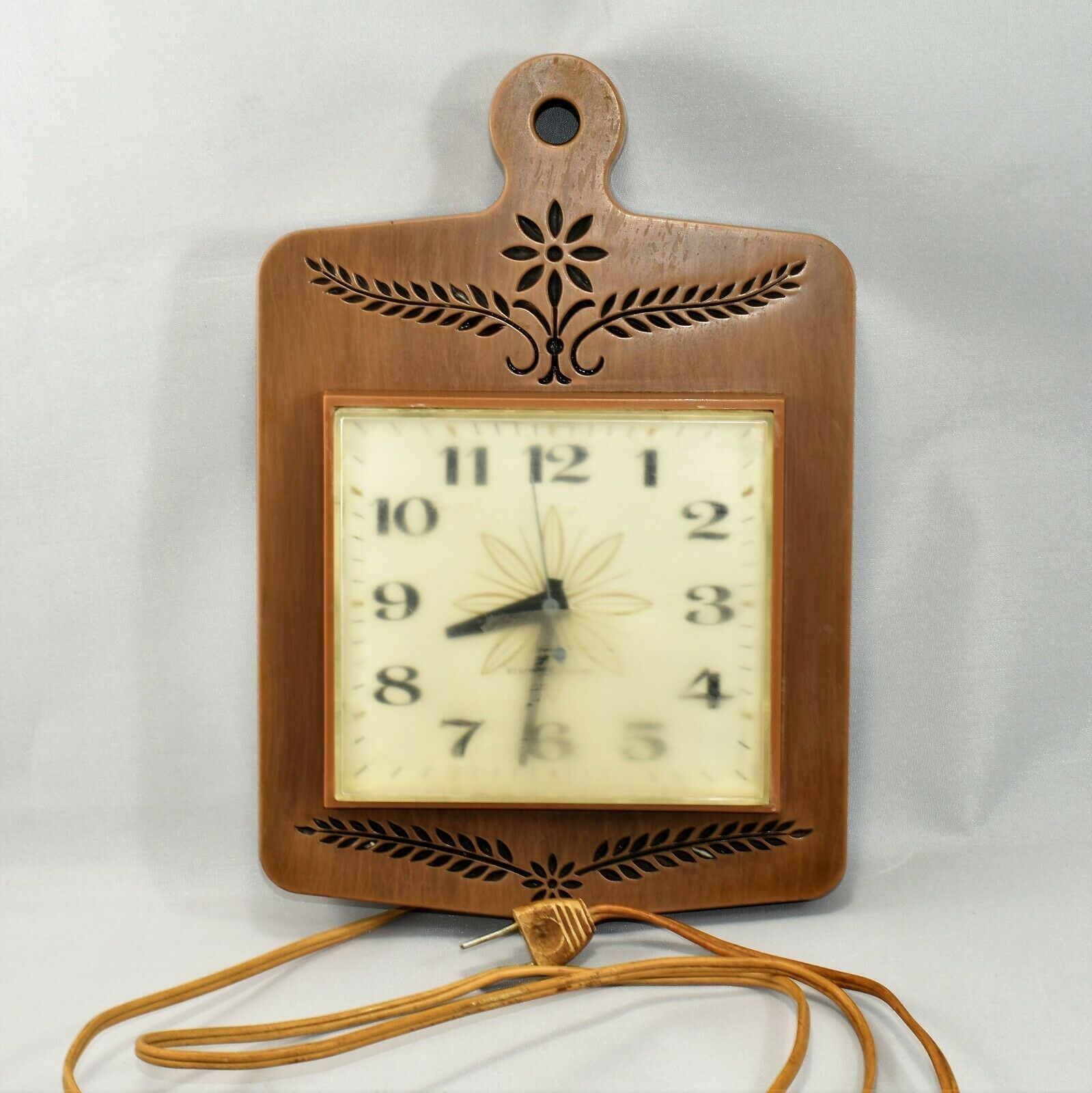 Vintage General Electric Kitchen Wall Clock and 50 similar items