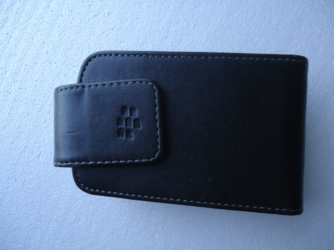 BLACKBERRY CARRYING CASE WITH CLIP  & CHARGER