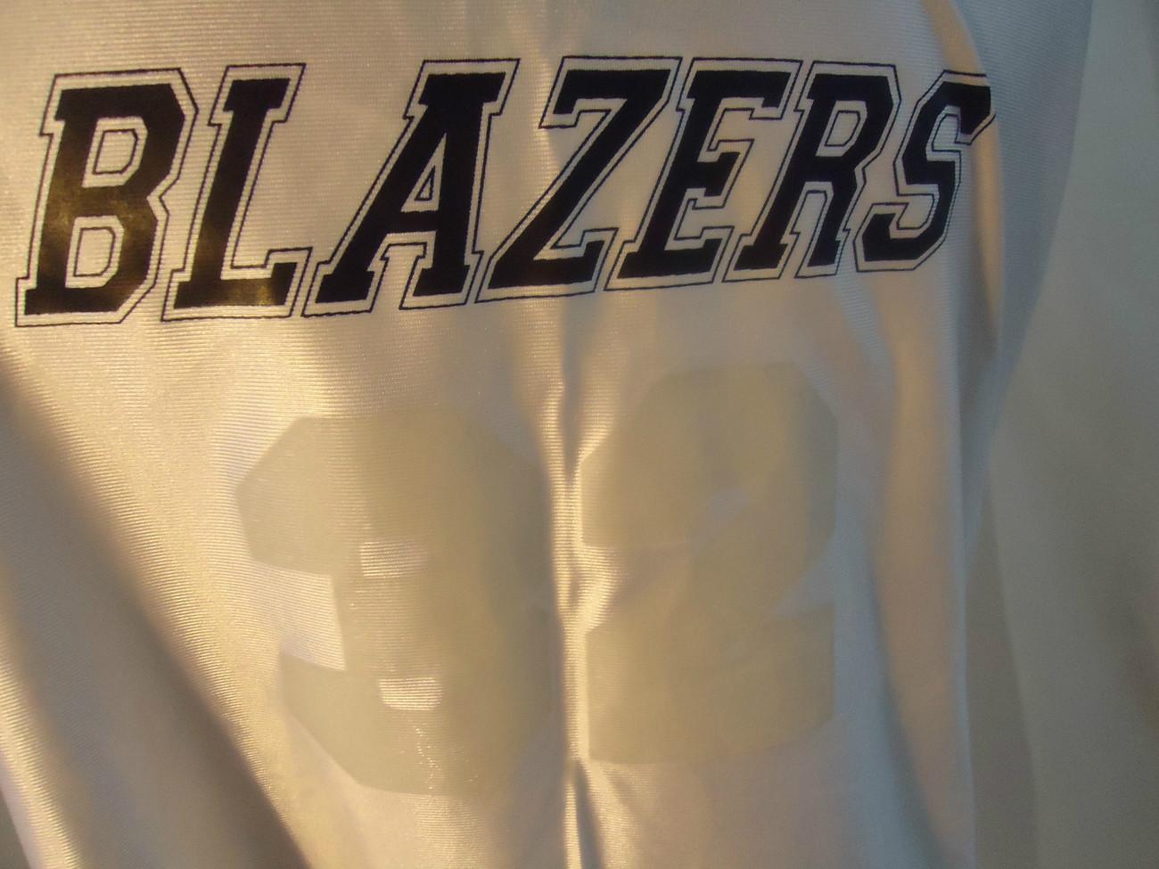 Blazers 33 Adult M Authentic Gameware Shirt NWOT