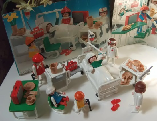 Playmobil_hospital