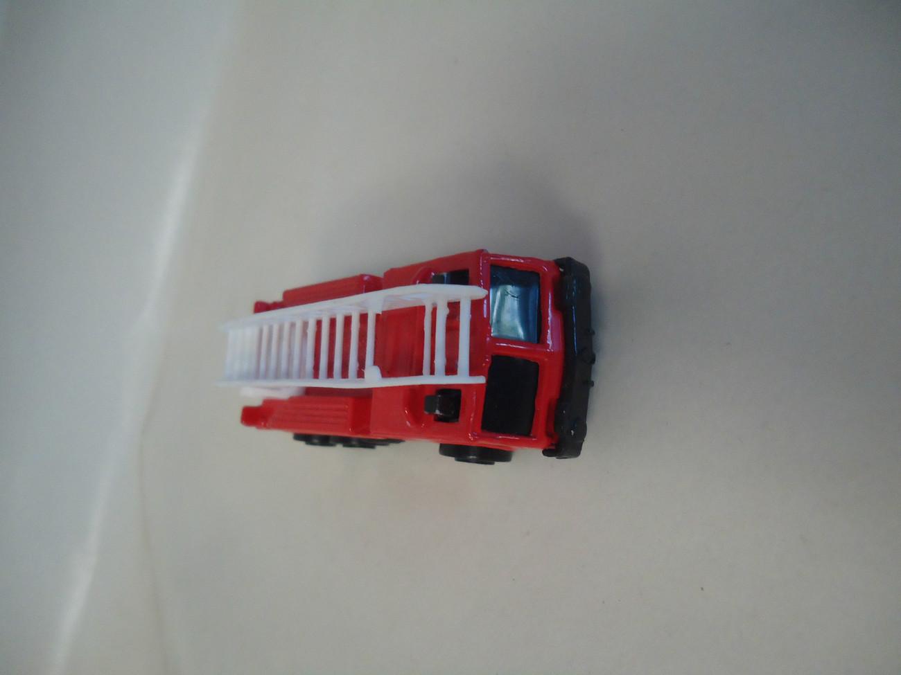 Maisto Extending Ladder Fire Truck