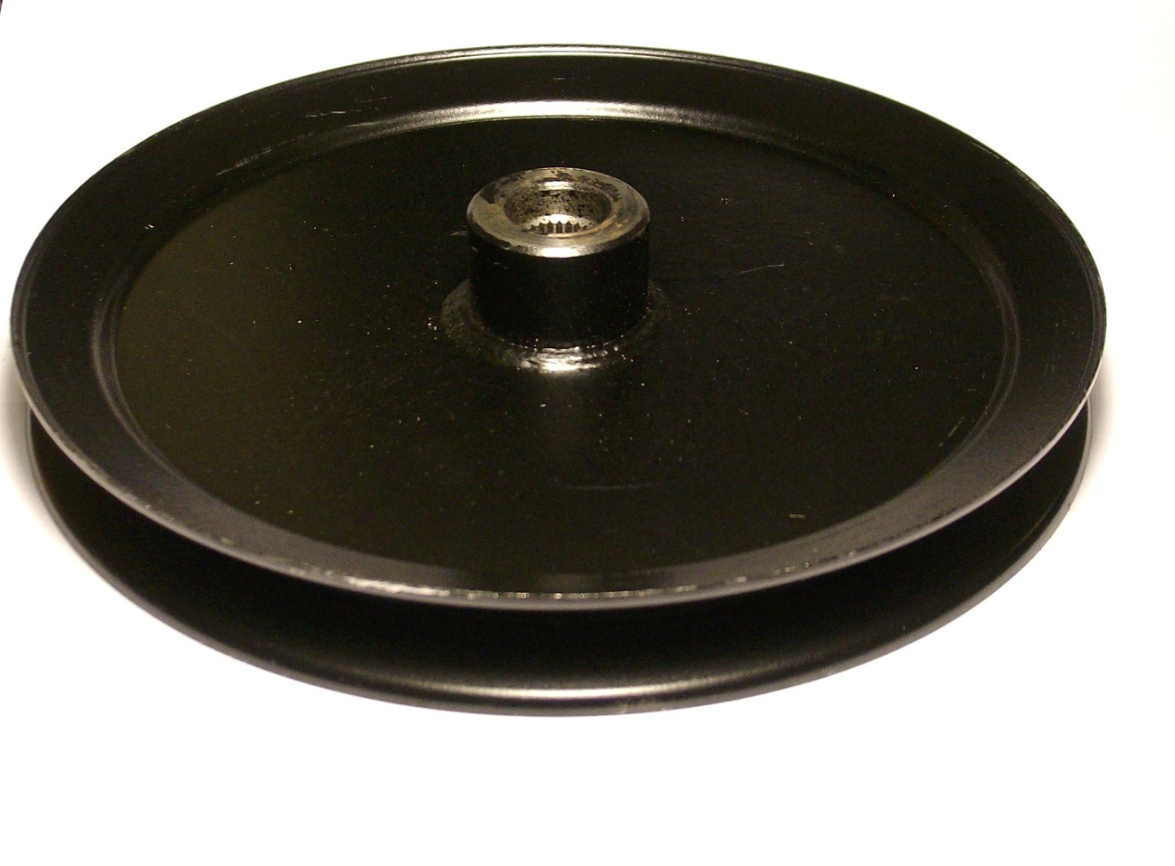 """Murray and Craftsman 30"""" Cut Deck Spindle Pulley 774090, 774090MA, 91951"""
