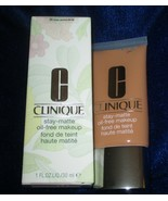 Clinique Stay-Matte Oil Free Makeup-Deep Neutral 20 NEW - $24.70