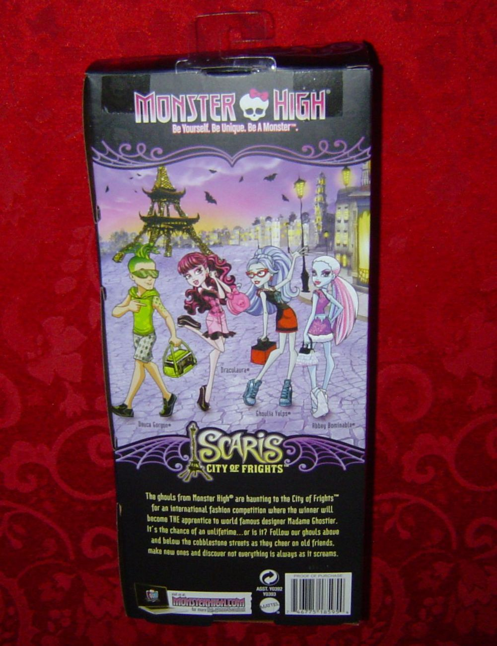 Monster High Scaris City of Frights Abbey Bominable travel doll