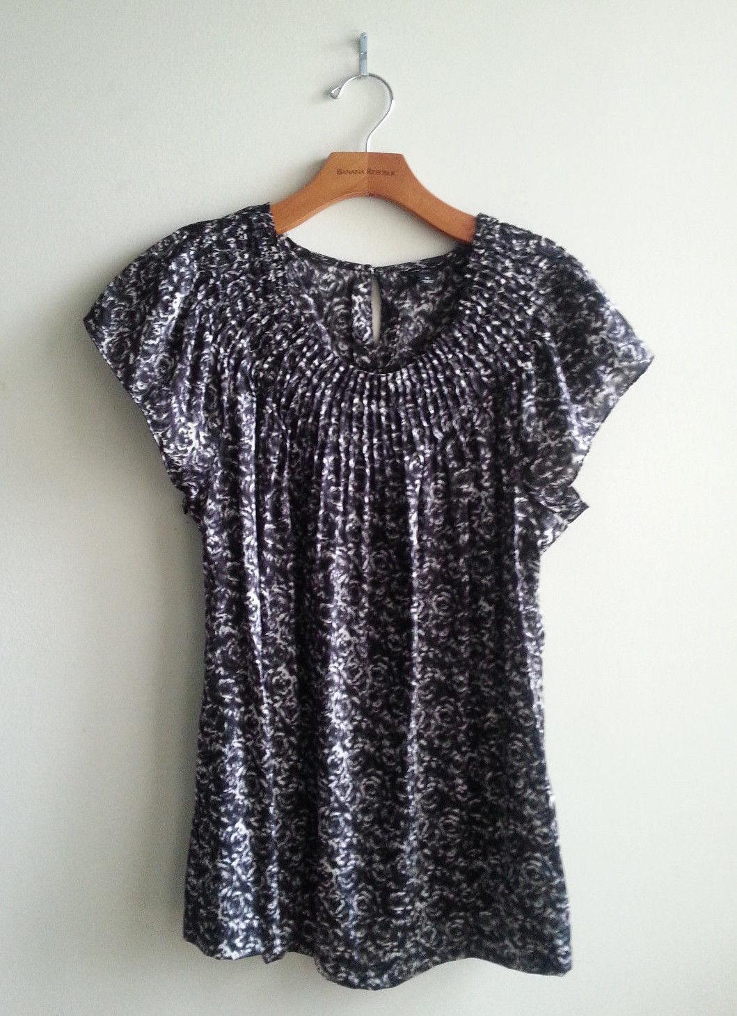 428d691fccf568 Banana Republic Silk Top Blouse Black White and 50 similar items. S l1600