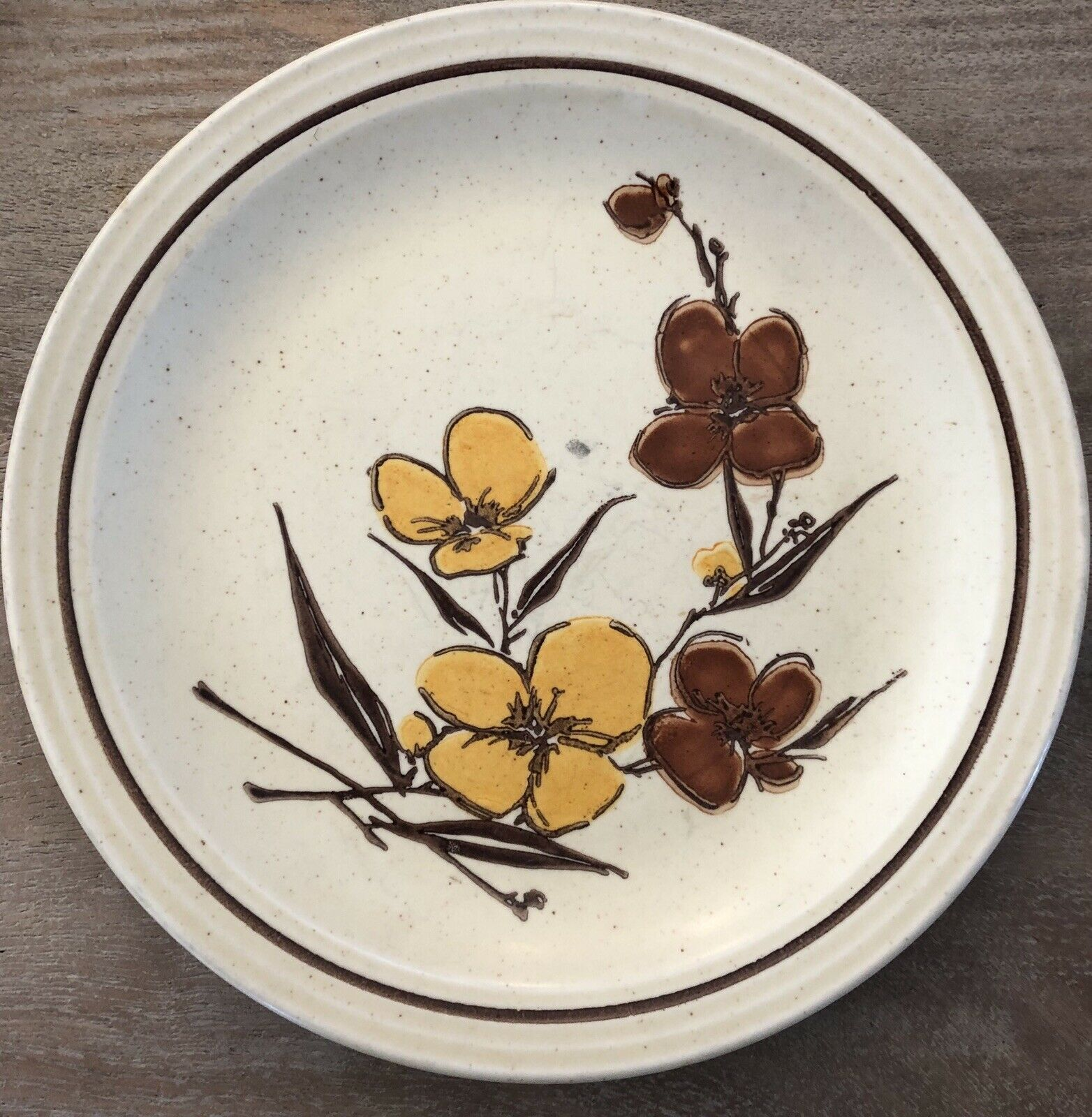 "SET OF 4 Homer Laughlin 1977 brown yellow flowers stoneware 10.25"" Dinner Plates"
