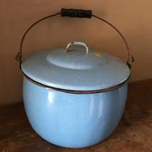 "VTG Enamelware Pail Kettle Blue Stock Pot Lid Wood Handle 10"" Estate camping image 2"