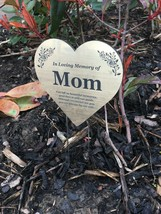 Mom Floating Heart Memorial Remembrance Plaque Stake - GOLD / SILVER / C... - $26.62