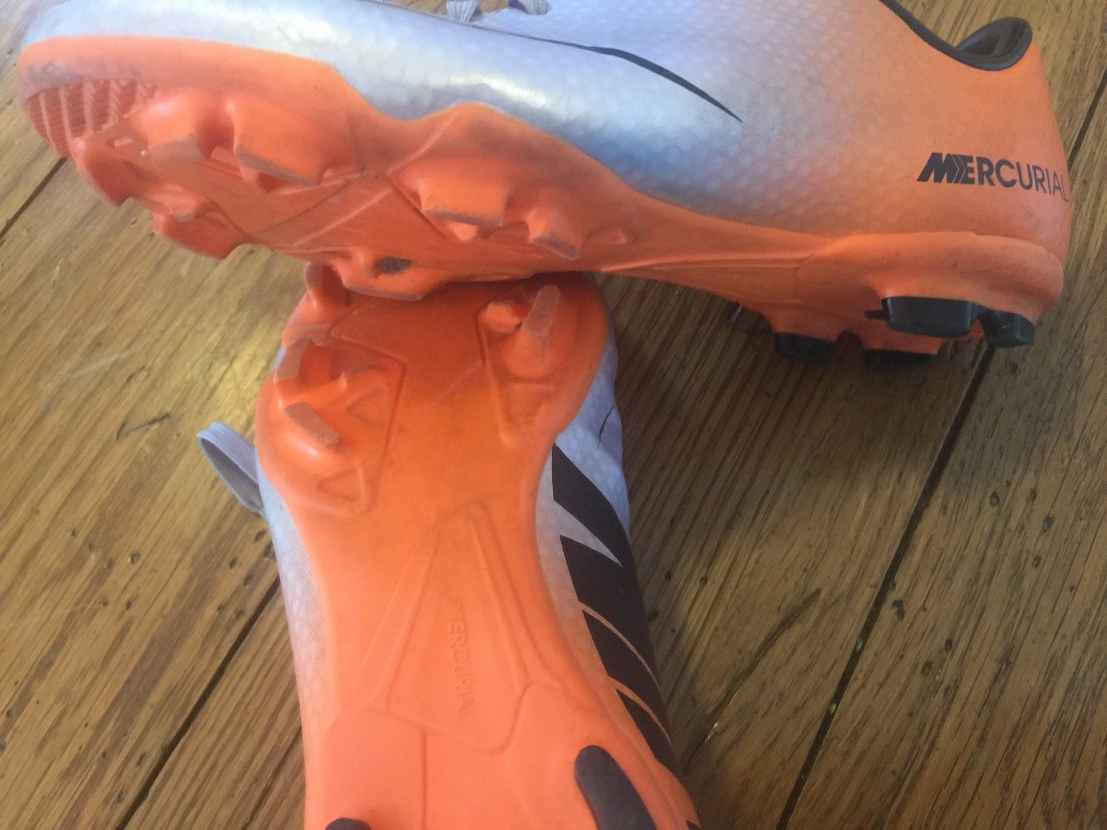 94f2dcc8616b ... Nike Mercurial Soccer Cleats Size 3Y Lavender   Orange Lightweight Shoes