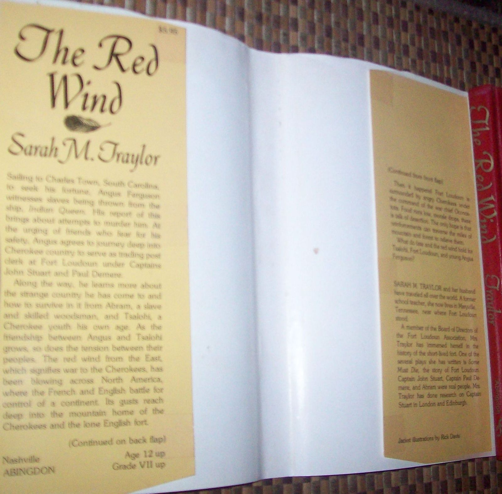 The Red Wind by Sarah M. Traylor 1977 HBDJ  Fate Holds? Cherokee