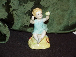 Royal Worcester Sabbath Child at the Beach Figure #3256 image 2