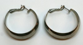Silver Tone Women's Hoop Earrings Costume Fashion Jewelry for Pierced Ea... - $9.49