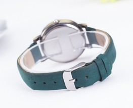 Round Taxi British Watches Roman Numerals Frame Green Leather Vintage English image 2