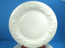 3 Tabletops Unlimited Fruit De Blanc Dinner plates EUC Set of 3 - $31.68