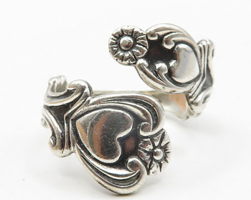 AVON 925 Silver- Vintage Love Heart & Floral Decor Bypass Band Ring Sz 8 - R5094 image 2