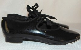 CAPEZIO GIRLS  BLACK GLOSSY  TAP SHOES GIRLS SIZE 2M - $7.91