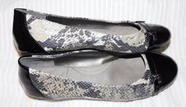 TAHARI Women's Snakeskin Coy Flat Shoes Size: 8M
