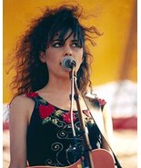 The Bangles Susannah Hoffs singing on stage 1980's 16x20 Canvas Giclee - $69.99