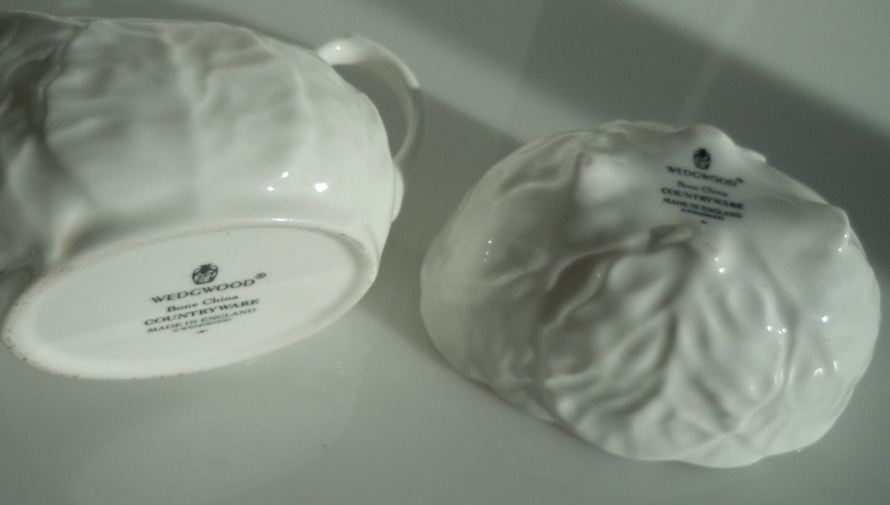 Wedgwood Countryware Strawberry Basket Creamer and Open Sugar image 5