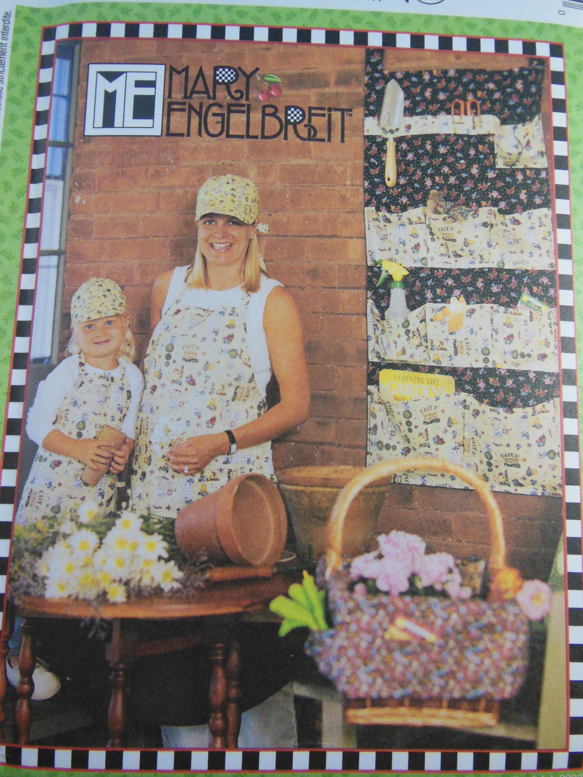 Primary image for McCall's 3626 Mary Engelbreit Hat Apron Organizer Pillow Basket Liner Tote UNCUT