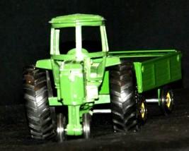 Ertl John Deere replica die-cast tractor with wagon AA19-1639 Vintage image 2