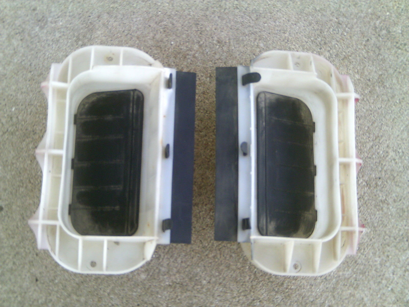Primary image for 92 Acura Integra RS Hatchback Hatch Air Release Outlet Vent Vents / PAIR / LH RH