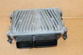 Mercedes Engine Control Unit Module ECU ECM A2721531679 A-272-153-16-79 image 3