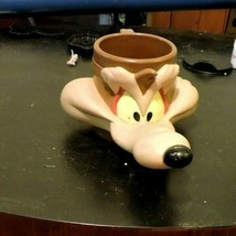1992 WILE E. COYOTE vintage promotional cup mug Warner Brothers Applause - $19.75