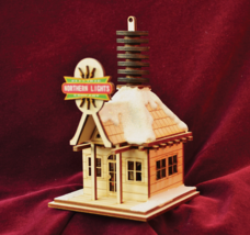GINGER COTTAGES NORTHERN LIGHTS ELECTRIC COMPANY XMAS ORNAMENT MADE IN U... - $19.88
