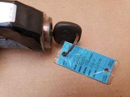 03-05 Toyota 4runner Ignition Switch Lock Cylinder & key image 4