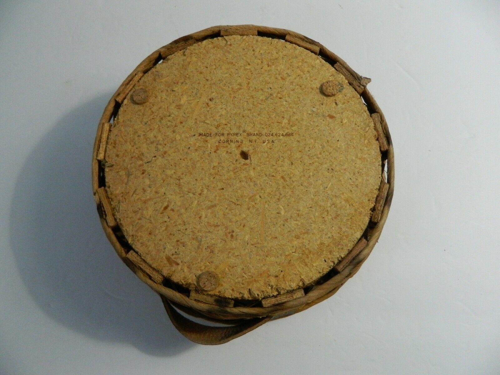Vintage Pyrex Wicker Wood 2 Qt Casserole Dish Holder Cradle Fits 024 624 684 image 7