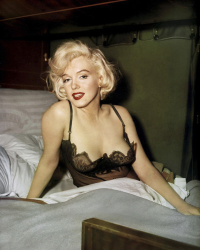 Marilyn monroe in bed poster 24x36