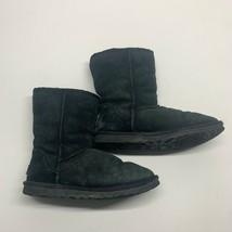 Ugg Australia Women's 5825 Classic Short Sheepskin Boots Black Size 6M  - $28.05