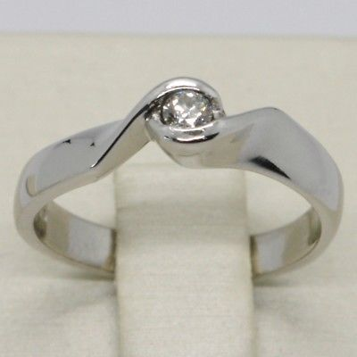 18K WHITE GOLD SOLITAIRE WEDDING BAND TWISTED RING DIAMOND 0.14 MADE IN ITALY