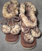 """Faded Glory Toddler sz 5 Brown Faux Suede & Faux Fur 6""""Tall Boots w/ Pom... - £6.62 GBP"""