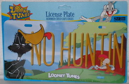 Looney Tunes Daffy Duck NO HUNTIN Metal Car License Plate, NEW SEALED - $12.59