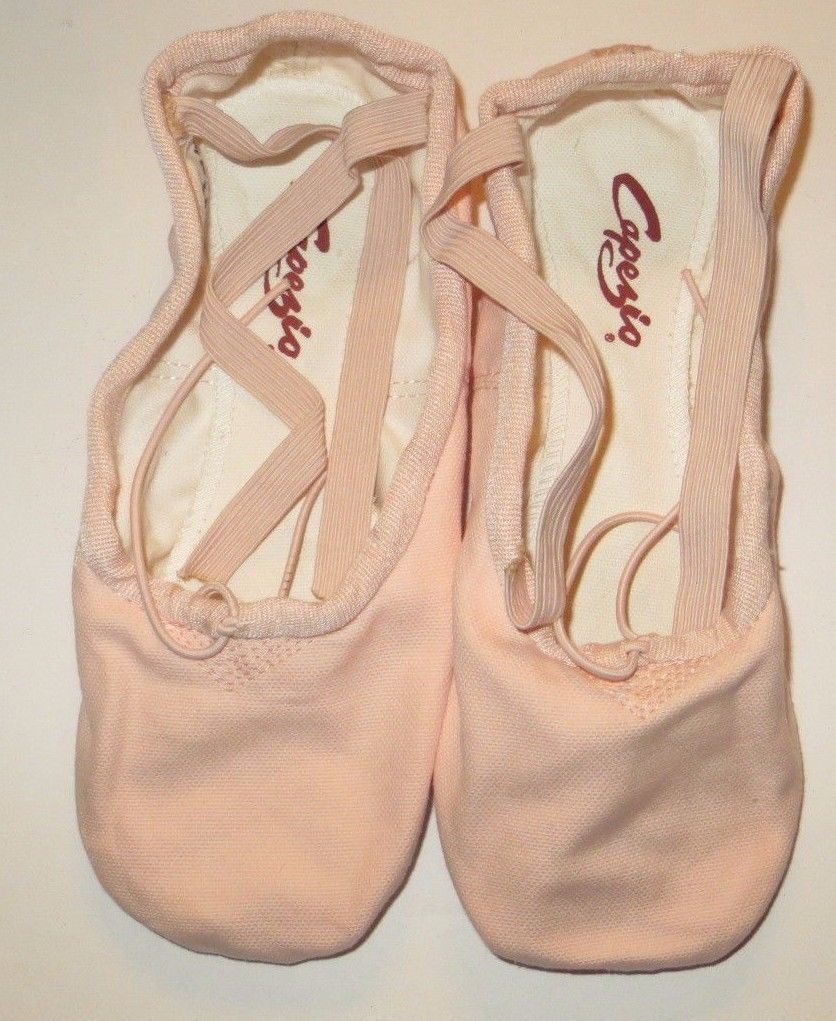 Capezio 2039 Pro Canvas Shoes Ballet Pink BPK Split Sole Size 5.5M 5.5 M