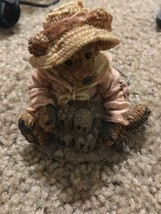 Boyds Bears & Friends - The Bearstone Collection - Bailey at the Beach —332 - $45.42