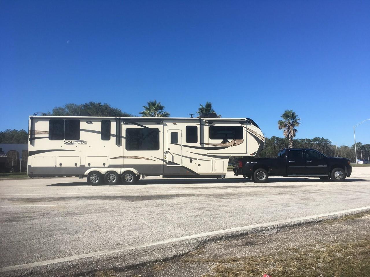 2018 Grand Design SOLITUDE 374TH For Sale In Tallahassee, FL 32303