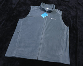 COLUMBIA MENS Full Zipped Steens Mountain VEST Size 2X Green NWT NEW - $48.50
