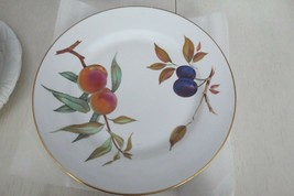 Royal Worcester Gold Evesham Dinner Plate Good Condition - $19.95